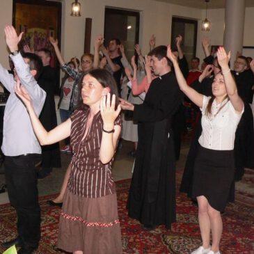 Warsztaty ewangelizacyjne i wieczór uwielbienia.
